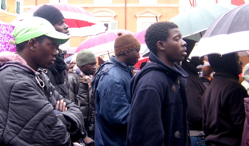 Prato: immigrati violano quarantena
