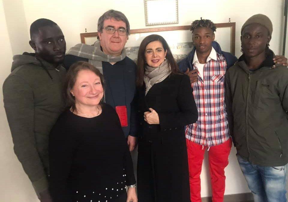 Gli immigrati di Don Biancalani con Laura Boldrini