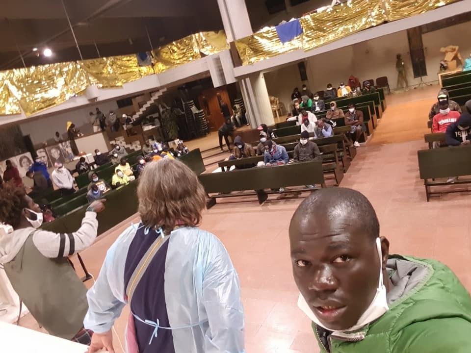 Coronavirus: 17 immigrati positivi nella parrocchia di Don Biancalani