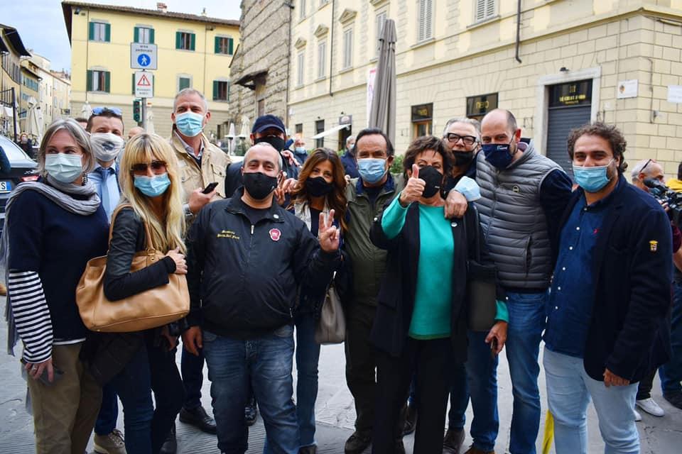 Arezzo: due donne di Fratelli d'Italia in squadra con Ghinelli